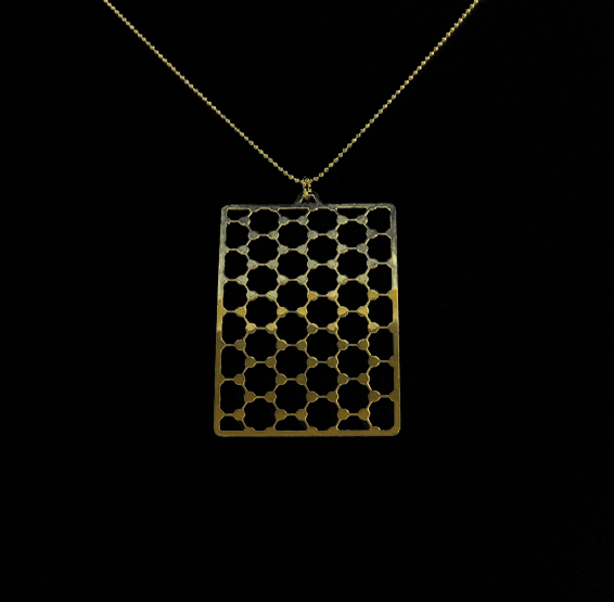 Graphene structure gold necklace by Delftia Science Jewelry