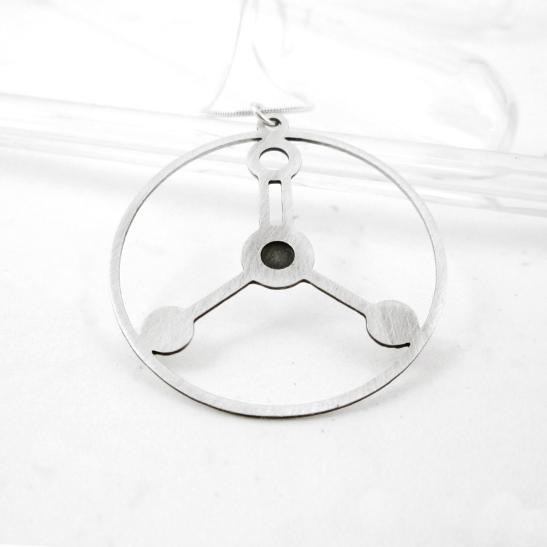 Formalin-molecule-necklace-in-silver