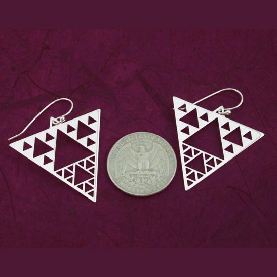 Sierpinski-earrings-by-Delftia-Science-Jewelry